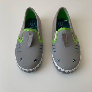 NWOT Cat & Jack Shark slip on sneakers